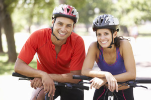 couple-on-bike-ride